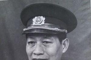 Nguyễn Sơn - dáng chữ, tình người
