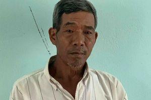 Người đàn ông 57 tuổi hiếp dâm con gái đến mang thai