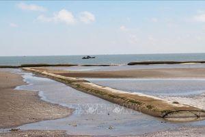 Dự án bảo vệ đê biển Gò Công Đông còn thiếu bền vững