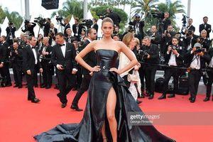 Thảm đỏ Cannes ngày 9: Leonardo DiCaprio cực bảnh bên cạnh dàn khách mời nữ vô danh diện trang phục hớ hênh dẫn đến lộ vòng 1