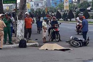 Thiếu niên 14 tuổi lao xe máy lên vỉa hè, người ngồi sau chết tại chỗ