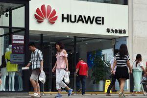 Huawei: Tàu Titanic công nghệ sắp chìm