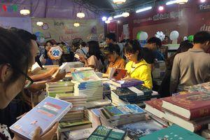 Khai mạc Phiên chợ sách 'Sách là bạn' tại Đà Nẵng