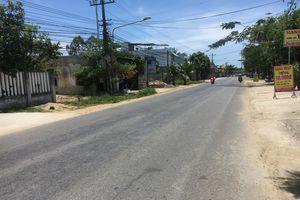 Quảng Nam: Truy tìm chiếc ô tô tông 3 mẹ con thương vong bỏ trốn