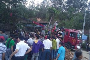 Nghệ An: Đất sụt khi đào giếng thuê, người đàn ông bị vùi lấp ở độ sâu 7m