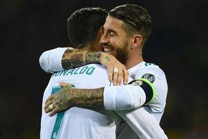 Sergio Ramos muốn rời Madrid, Ronaldo kêu gọi Juventus rước về
