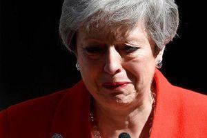Thủ tướng Anh Theresa May xúc động tuyên bố từ chức