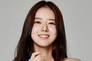 Nữ diễn viên xinh đẹp Hàn Quốc say xỉn, đánh cả tài xế taxi và cảnh sát