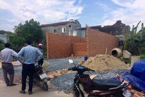 Đồng Nai: Vô tư xây nhà trên đất đang tranh chấp