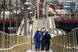 Sụt giảm thê thảm hơn 5%, giá dầu xuống 57USD/thùng