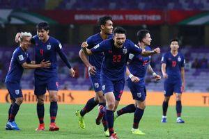 Tuyển Thái Lan và 48 giờ chạy đua trước khi chốt quân dự King's Cup