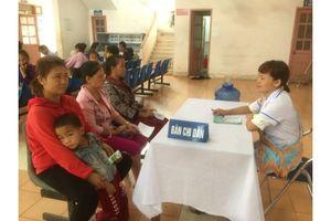 100% người nghèo, cận nghèo, đồng bào dân tộc thiểu số ở Hà Nội được cấp thẻ BHYT