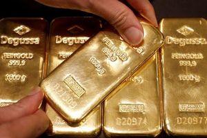 Giá vàng miếng bật tăng theo thế giới, USD tự do giảm nhẹ