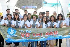 Sinh viên Việt Nam: 'Tiếp bước những người anh hùng'