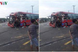 Hai xe khách va chạm ở Gia Lai, 6 người bị thương phải nhập viện