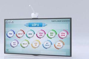 'Cây đũa thần' biến màn hình tivi thường thành màn hình cảm ứng hỗ trợ giáo dục