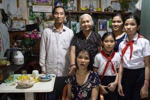 Những người sống với di chứng chất độc da cam gần sân bay Biên Hòa