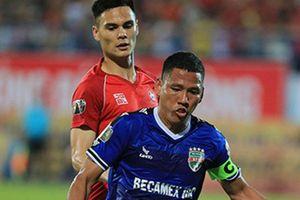 HLV Park Hang-seo bất ngờ trao cơ hội cho cầu thủ Việt kiều Đức Adriano Schmidt?