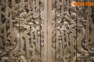 Bộ cửa chạm rồng 400 tuổi đẹp nhất Việt Nam