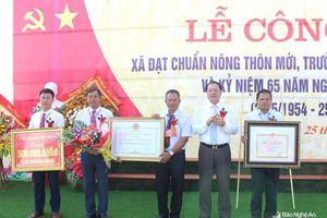 Xã Quỳnh Tam (Quỳnh Lưu) đón Bằng công nhận xã đạt chuẩn nông thôn mới