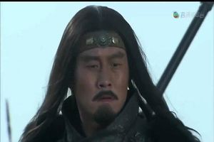 Tam quốc diễn nghĩa: Không phải Quan Vũ đây mới là người trảm mãnh tướng Hoa Hùng