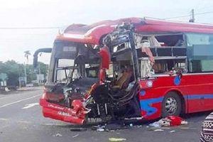 Danh tính nạn nhân bị thương vụ hai ô tô đấu đầu ở Gia Lai