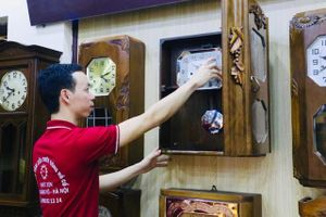 Níu giữ giá trị thời gian từ những chiếc đồng hồ cổ