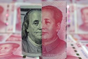 Tỷ giá ngoại tệ 26.5: Nhân dân tệ lao dốc, USD neo cao