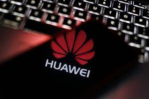 Huawei bị thổi bay 1/4 doanh thu, Trung Quốc trả đòn Mỹ