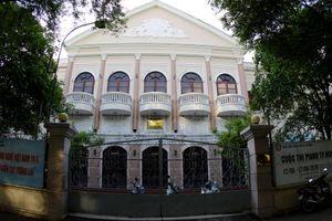 Ngôi trường ở đường Nguyễn Du