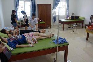 Thanh Hóa: Ăn hải sản, hơn 50 người phải nhập viện