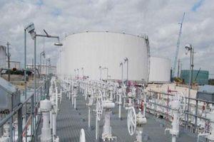 Giá dầu WTI tiếp tục lao dốc do chịu áp lực từ xung đột thương mại Mỹ - Trung