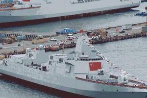 Bị Mỹ 'dội gáo nước lạnh', TQ không còn tiền ráo riết đóng tàu chiến?