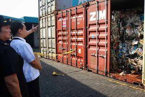 Tranh cãi rác thải, Philippines cấm quan chức đến Canada