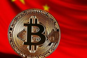 Căng thẳng thương mại, Bitcoin tăng 'phi mã', tiệm cận 9.000 USD