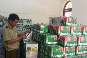Phát hiện số lượng lớn hàng hóa không có nhãn phụ bằng tiếng Việt