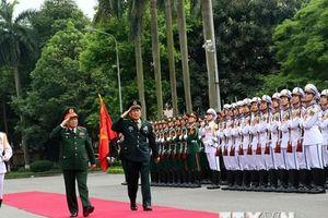 Bộ trưởng Bộ Quốc phòng Việt Nam hội đàm với người đồng cấp Trung Quốc