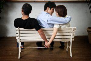 Đàn ông nghĩ gì khi vợ mình ngoại tình?