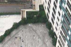 Phát hiện thi thể người đàn ông nghi rơi từ tầng 22 tòa Mipec Long Biên