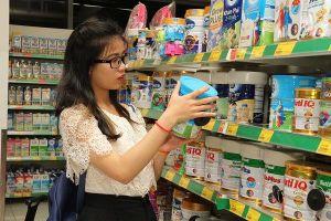 Hàng tiêu dùng nhanh đang bán chạy ở các cửa hàng tiện lợi
