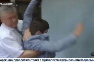 Quan chức Nga hạ 'đo ván' phóng viên vì đặt câu hỏi nhạy cảm