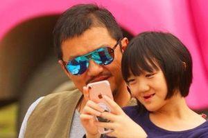 Lý Á Bằng tổ chức sinh nhật cho con gái, Vương Phi không xuất hiện