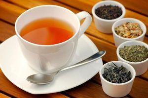 Cụ ông suýt mất mạng vì uống trà thảo dược sai cách và lời khuyên của bác sĩ