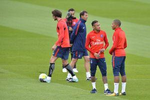 Chủ tịch Real Madrid: 'Chúng tôi không có ý định mua Mbappe và Neymar'