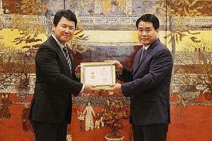 Hà Nội ban hành Quy chế xét tặng Huy hiệu 'Vì sự nghiệp xây dựng Thủ đô'