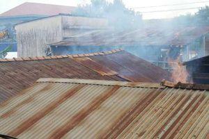 TP Huế: Cơ sở đúc đồng gây khói bụi mịt mù ở khu vực đông dân cư