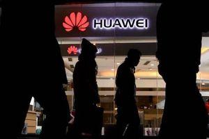 Huawei tức tối vì cho là bưu kiện gửi từ Việt Nam và Nhật bị điều hướng sang Mỹ