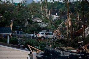 Hàng triệu người sống trong cảnh mất điện vì lốc xoáy ở Mỹ