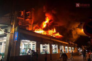Hà Nội: Cháy quán bia hơi Hải Xồm, thực khách bỏ chạy tán loạn
