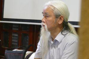 Cộng đồng mạng 'dậy sóng' khi nhà phê bình Phạm Xuân Nguyên xuống tóc